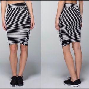 Lululemon Black white striped Anytime pencil skirt